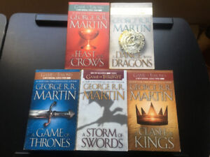 GAME OF THRONES Paperback