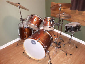 Mapex armory drum kit for trade or sale