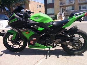 Moto Sport Touring Kawasaki NINJA