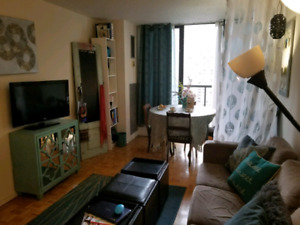 Fully Furnished Room at College Subway Station