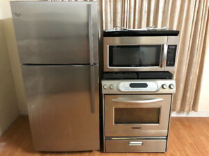 900 stainless steel 3 kitchen appliances fridge stove microwave