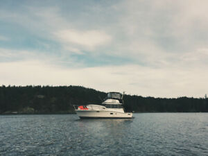32 foot boat yacht sport fisher