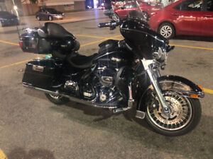 2012 Harley Davidson Electra glide Financing  available.