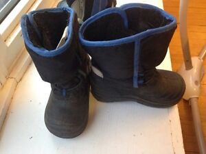 Kids boots size 6 and 7