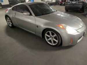 2004 Nissan 350Z Touring  Ready for 2018! Safetied