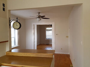 2 BEDROOM APARTMENT AVAILABLE FEB 1ST Peterborough Peterborough Area image 5