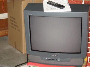 Sony Trinitron Color TV