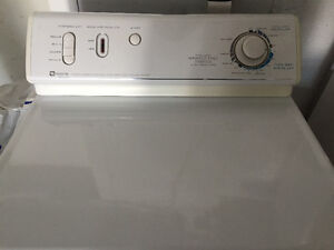 Maytag Dryer / Secheuse