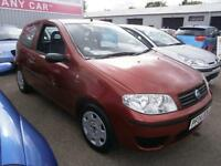 04 Fiat Punto 1.2 8v Active in red