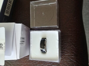 Smart ring - new in box!