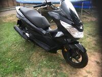 Honda PCX 125 was 125 ex2 5475 miles