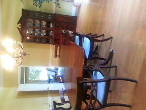Antique Duncan Phyfe style dining room set -