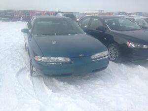 2002 Oldsmobile Intrigue GLS Sedan LOW KILOMETERS