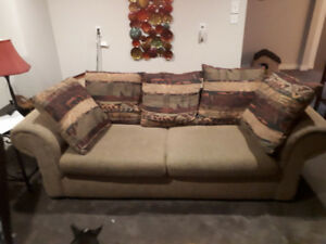 FREE  Full Size Couch and Loveseat: TEXT/CALL  ME