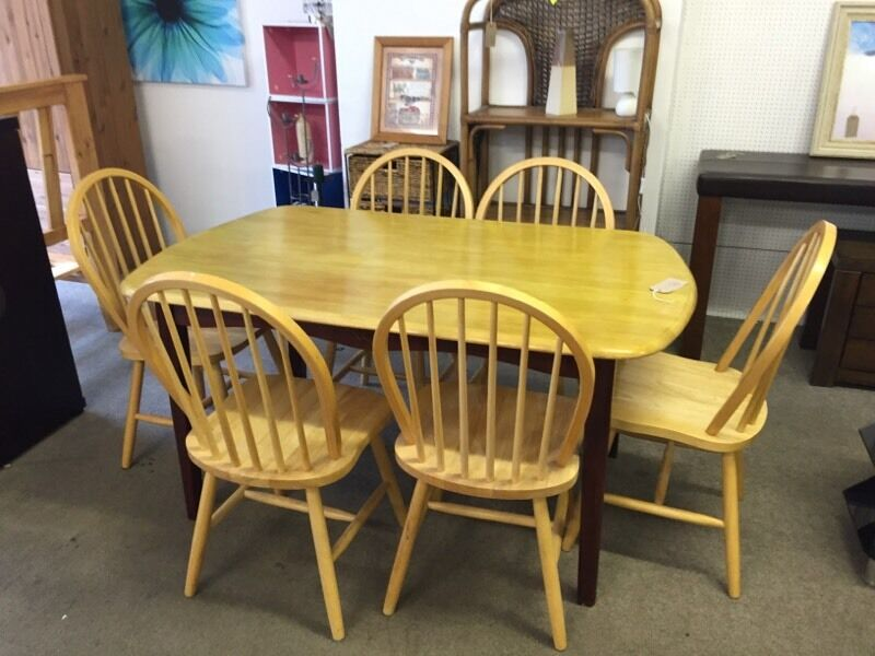 2nd hand pine table and 6 chairs 80 in coleraine county