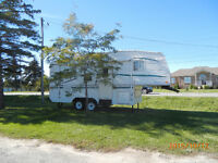 Wilderness 24 ft. 5th Wheel by Fleetwood - $8400