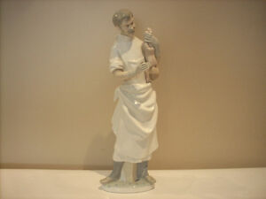 "LLADRO ""OBSTETRICIAN"" DOCTOR FOR SALE"