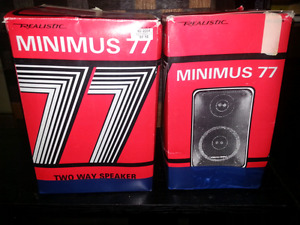 Price drop Vintage Minimus 77 speakers