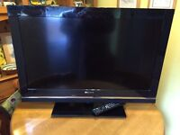 Sony Bravia 32 inch tv with stand and remote