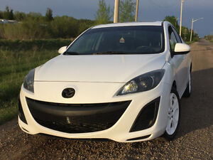 2011 Mazda3 GS Sedan: Heated Leather/Bluetooth/Sunroof
