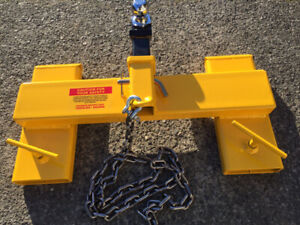 Forklift trailer mover attachment