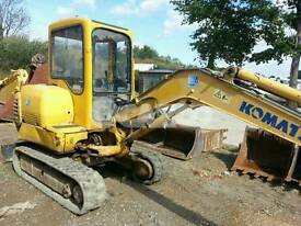 mini digger hire with operator cheap rates