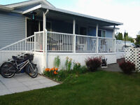 BEAUTIFUL WELL KEPT MANUFACTURED HOME UNDER 8 YRS OLD