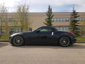 2005 Nissan 350z 6 speed M, brembo package!