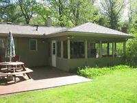 Large Grand Bend Cottage for Rent - Short Walk to Beack