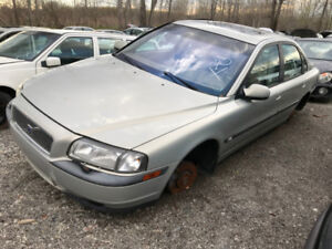 2000 Volvo S80  ** FOR PARTS ** INSIDE & OUTSIDE **