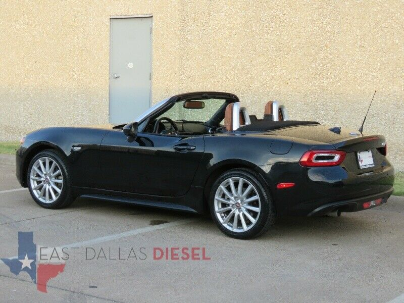 Image 14 Voiture American used Fiat 124 Spider 2017