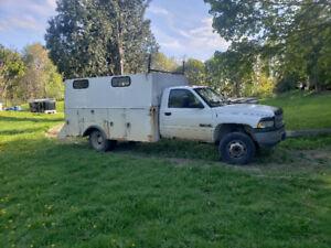 2002 Dodge Power Ram 3500 Industry Pickup Truck