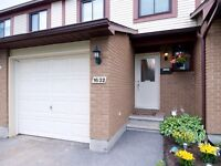 Beautifully updated 3 bedroom, 3 bathroom Townhome in Orleans