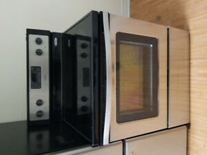 "Whirlpool stainless steel 30"" electric glass cermaic.top stove"