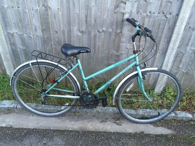 Ladies Town Bike, Good condition, Serviced, Free Lock/Lights/Delivery