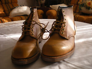 Men's Work/Dress Shoes Size 9 and 9 1/2.-Welland