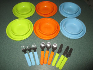 IKEA Children's Colourful Dinnerware Set