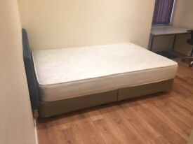 Spacious Single Room in Lively Stratford