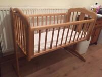 Crib Rocking/Swinging Baby/Child/Infant Wooden Cradle