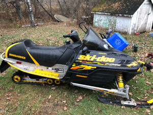 For sale 2003 mxz 700 adrenaline.lady driven and 5000 klms