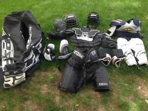 Complete hockey pads/equipment with bag