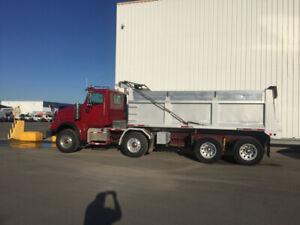 12 wheel dump truck