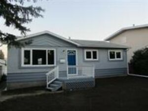 BEAUTIFULLY RENOVATED 4 BEDROOM BUNGALOW IN PLEASANTVIEW