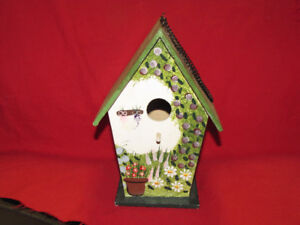 Small bird house*