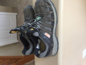 Steel toed safety shoe