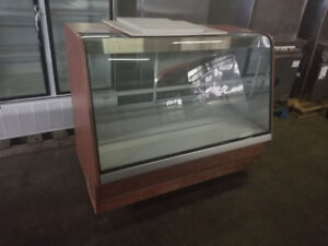 5 ft dry display case for only $100