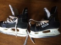 Bauer Challenger Youth Hockey Skates (Size 10Y)