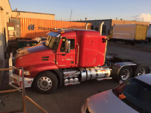 Heavy Specs   2011 Mack CXU 613 with only 435000 kms