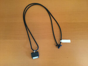 Lanyard with 30-pin connector for iPhone or iPod