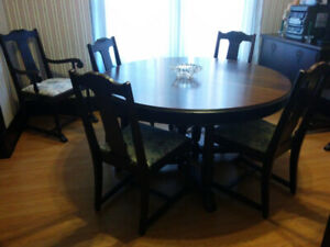 Antique Mahogany Wood Dining Room Set